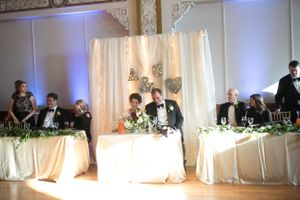 Chloe_Austin_Ben_Lomond_Suites_Ogden_Utah_Great_Gatsby_Bride_Groom_Head_Table.jpg