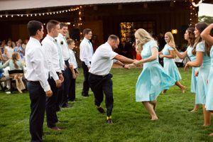 Tori_Sterling_Quiet_Meadow_Farms_Mapleton_Utah_Bridesmaids_Groomsmen_Line_Dancing.jpg