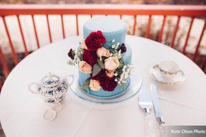 Modern_Vintage_Wedding_Styled_Zermatt_Resort_Midway_Utah_Vintage_Cake_Table.jpg