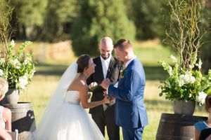 Chelsea_Walker_Red_Cliff_Ranch_Heber_City_Utah_Laughing_Bride_Vows.jpg