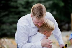 Liz_Jordan_Tracy_Aviary_Salt_Lake_City_Utah_Congratularoty_Hug_Small_Boy.jpg