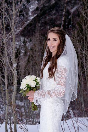 Shauna_Blake_Northampton_House_American_Fork_Utah_Smiling_Brides.jpg
