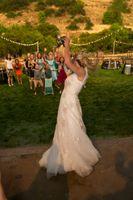 Tori_Sterling_Quiet_Meadow_Farms_Mapleton_Utah_Bride_Tossed_Bouquet.jpg