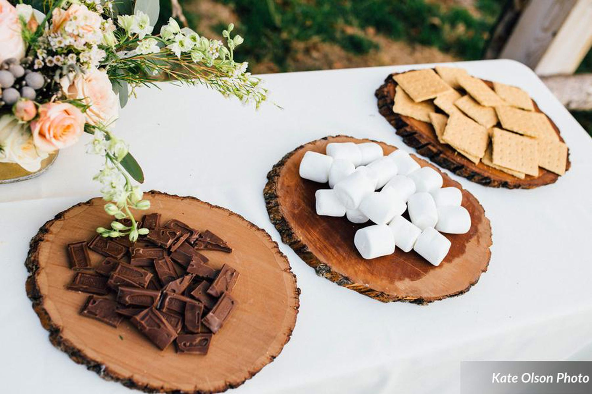 Charming_Barn_Wedding_Quiet_Meadow_Farms_Mapleton_Utah_S'More_Fixings.jpg