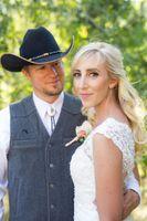 Kristin_Haven_Blacksmith_Fork_Canyon_Hyrum_Utah_Couple_Together.jpg