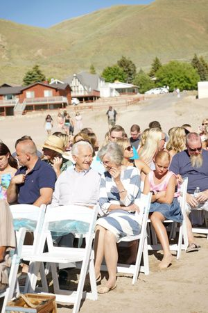 Aspyn_Steven_Bear_Lake_Utah_Guests_Await_Bride_Groom.jpg