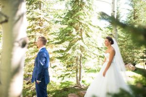 Chelsea_Walker_Red_Cliff_Ranch_Heber_City_Utah_First_Look_Bride_Approaches.jpg