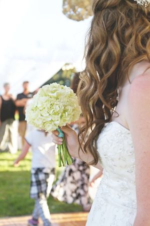 Aspyn_Steven_Bear_Lake_Utah_Tossing_Bouquet.jpg