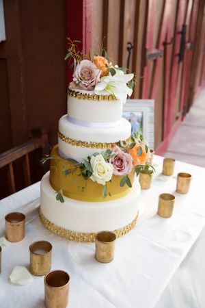 Tori_Sterling_Quiet_Meadow_Farms_Mapleton_Utah_White_Gold_Wedding_Cake.jpg