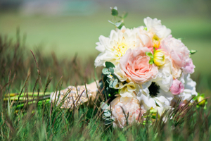 Katelyn_David_Bride's_Bouquet_Grass.jpg