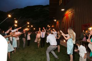 Tori_Sterling_Quiet_Meadow_Farms_Mapleton_Utah_Sparkler_Sendoff.jpg
