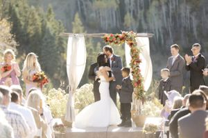 Felicia_Jared_Park_City_Mountain_Resort_Park_City_Utah_Kiss_the_Bride.jpg