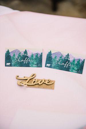 Claire_Scott_Millcreek_Inn_Salt_Lake-City_Utah_Love_Carving.jpg
