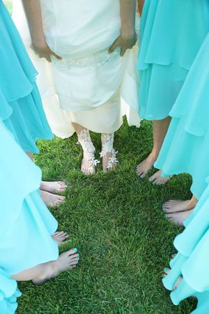Aspyn_Steven_Bear_Lake_Utah_Brides_Bridesmaids_Toes.jpg