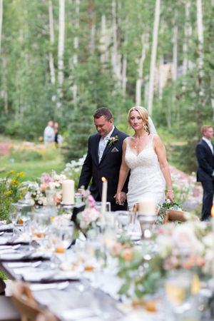 Evelyn_Kevin_Park_City_Utah_Bride_Groom_Reception_Dinner_Table.jpg