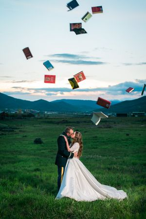 Katelyn_David_Park_City_Utah_Sunset_Kiss_Flying_Books.jpg