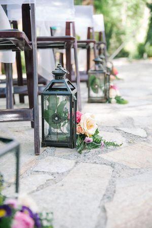 Claire_Scott_Millcreek_Inn_Salt_Lake_City_Utah_Floral_Lantern_Decor.jpg