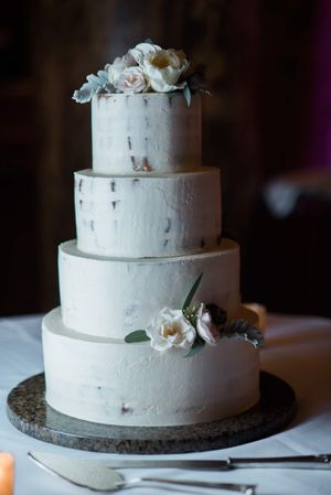 Julia_Mark_Silver_Lake_Lodge_Deer_Valley_Resort_Park_City_Utah_Wedding_Cake.jpg