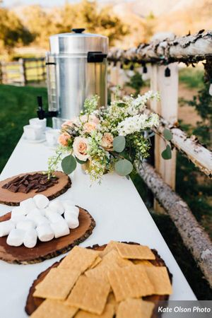 Charming_Barn_Wedding_Quiet_Meadow_Farms_Mapleton_Utah_Tasty_S'more_Bar.jpg