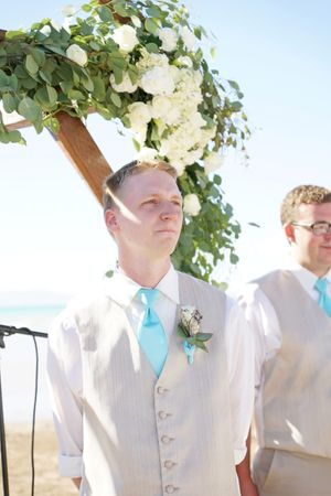 Aspyn_Steven_Bear_Lake_Utah_Groom_Awaiting_Bride.jpg
