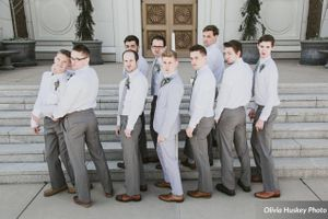 Lexie_Neil_Utah_State_Capitol_Salt_Lake_City_Utah_Groomsmen_Posing_Outside_Bountiful_Temple.jpg