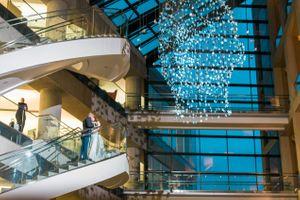 Katelyn_David_Park_City_Utah_Couple_Kissing_Stairs.jpg