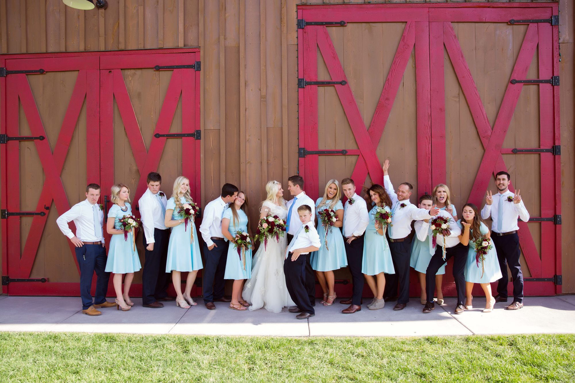Tori_Sterling_Quiet_Meadow_Farms_Mapleton_Utah_Bride_Groom_Bridesmaids_Groomsmen.jpg