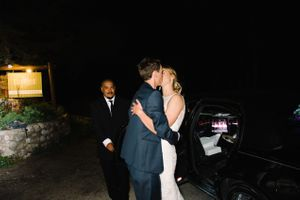 Claire_Scott_Millcreek_Inn_Salt_Lake_City_Utah_Sendoff_Final_Kiss.jpg