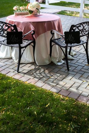 Natalie_Brad_South_Jordan_Utah_Mr_Mrs_Blush_Tablecloth.jpg