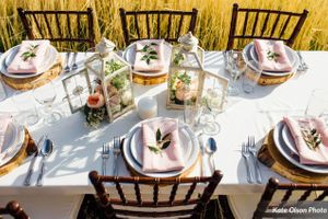 Charming_Barn_Wedding_Quiet_Meadow_Farms_Mapleton_Utah_Wood_Flower_Stylish_Table.jpg
