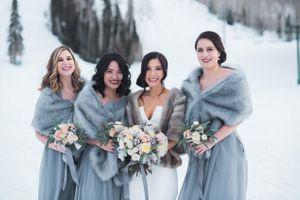 Julia_Mark_Silver_Lake_Lodge_Deer_Valley_Resort_Park_City_Utah_Bride_Bridesmaids_Outside_Snowy_Landscape.jpg