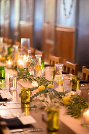 Chelsea_Walker_Red_Cliff_Ranch_Heber_City_Utah_Festive_Table_Setting_Lemon_Accents.jpg