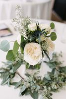 Tasha_Chip_Salt_Lake_City_Utah_Centerpiece_Detail_Delicate_White_Roses.jpg