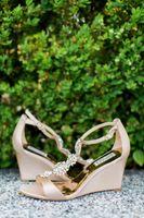 Tessa_Taani_Utah_State_Capitol_Salt_Lake_City_Utah_Bride_Detail_The_Shoes!.jpg