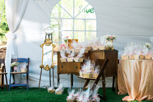 Katelyn_David_Gifts_for_Wedding_Guests.jpg