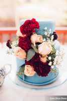 Modern_Vintage_Wedding_Styled_Zermatt_Resort_Midway_Utah_Floral_Decorate_Wedding_Cake.jpg