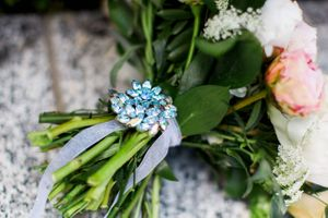 Tessa_Taani_Utah_State_Capitol_Salt_Lake_City_Utah_Bridal_Bouquet_Detail_Ice_Blue_Pin.jpg
