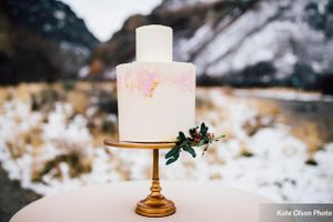 Romantic_Winter_Shoot_Pale_Pink_Cake.jpg
