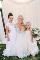 Tasha_Chip_Salt_Lake_City_Utah_Bride_With_Tw0_Girls_in_Gorgeous_Dresses.jpg