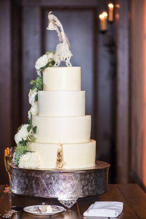 Ilana_Dave_Stein_Eriksen_Lodge_Deer_Valley_Park_City_Utah_Wedding_Cake_Slice_Missing.jpg