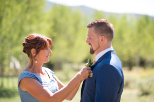 Chelsea_Walker_Red_Cliff_Ranch_Groom_Mother_Boutonniere.jpg