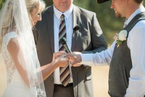Kristin_Haven_Blacksmith_Fork_Canyon_Hyrum_Utah_Ring_Exchange.jpg