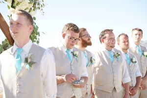 Aspyn_Steven_Bear_Lake_Utah_Groom_Groomsmen.jpg