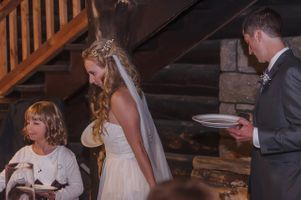Leah_Matt_Wasatch_Mountain_Club_Lodge_Brighton_Utah_Bride_Groom_Buffet_Line.jpg