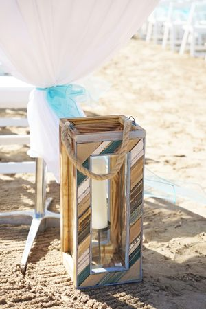 Aspyn_Steven_Bear_Lake_Utah_Wooden_Beach_Lantern_Decor.jpg