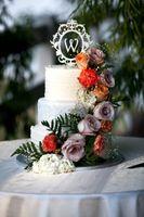 Natalie_Brad_South_Jordan_Utah_Flower_Wedding_Cake.jpg