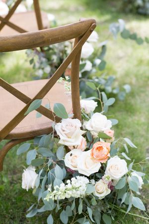 Evelyn_Kevin_Park_City_Utah_Sage_Blush_White_Flower_Decor.jpg