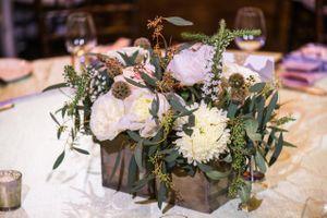 Ilana_Dave_Stein_Eriksen_Lodge_Deer_Valley_Park_City_Utah_Spring_Flower_Centerpiece.jpg