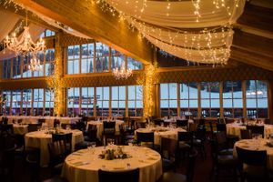 Julia_Mark_Silver_Lake_Lodge_Deer_Valley_Resort_Park_City_Utah_Draped_Ceiling_Lighted_Chandeliers.jpg