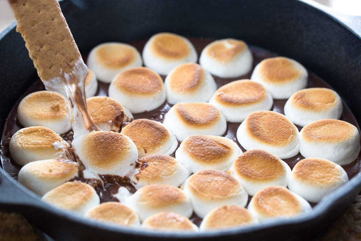 Jet Puffed Marshmallows, Baker's Chocolate